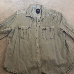 AEO Boyfriend distressed army green button down XL